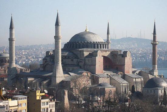 一睹世界古今十大最美建筑
