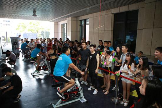 飞驰吧!杭州复地北城中心上演夏日速度与激情!