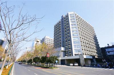 """延中大楼:从""""机关办公楼""""变身""""高档写字楼"""" 或成杭州""""老楼改造""""的样本"""