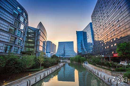 """世界500强企业""""中国农业银行""""选择新天地"""